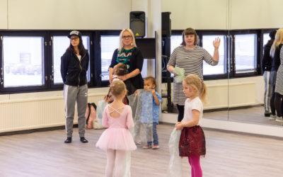 Katso kuvat uusien tanssitilojemme avajaisista